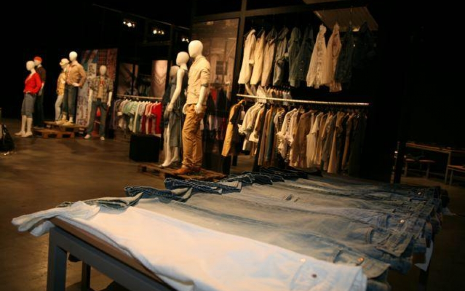 Levi's Prep To Sell 2008